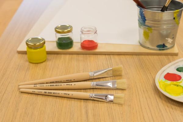 Aquarellpinsel, Rindshaar fein - handgefertigt - flach, langer Stiel